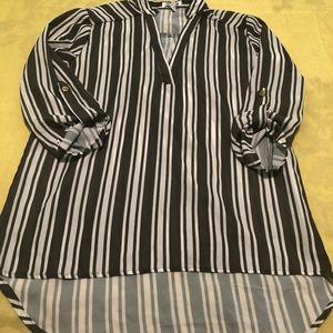 ALI & KRIS dress shirt size S